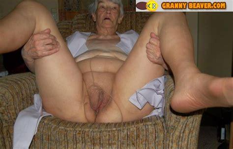 grannies showing pussy jpg 600x387