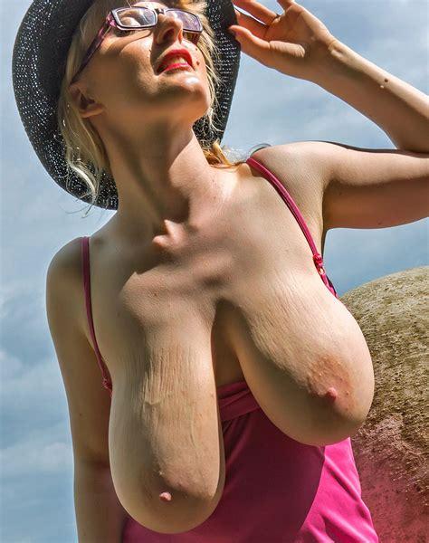 Bizarre big tits videos png 852x1080
